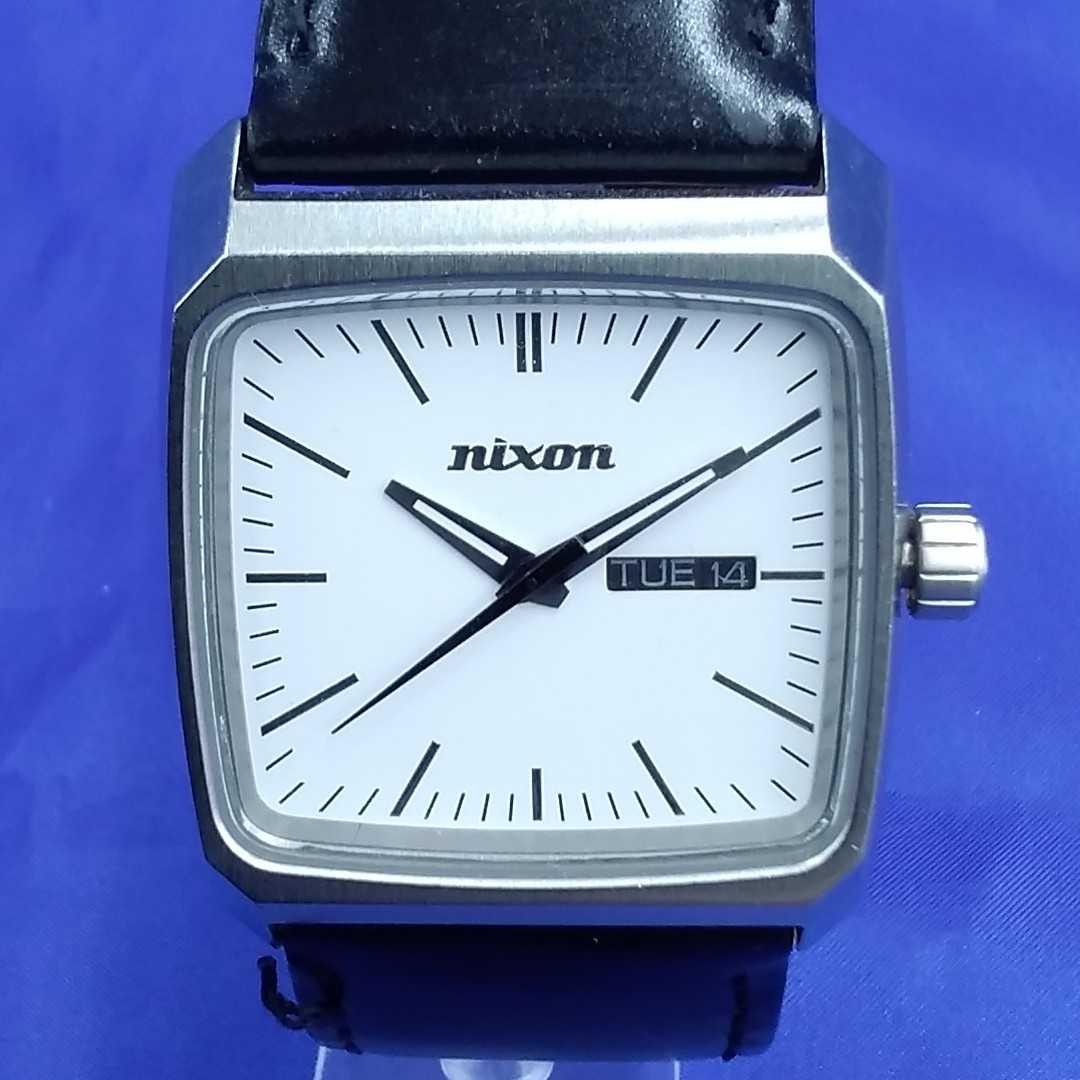 スクエア アナログ腕時計 NIXON
