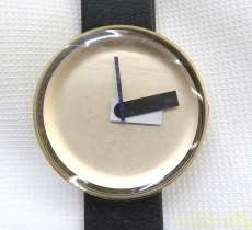 クォーツ・アナログ腕時計 NOMAD