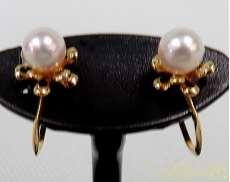 金 宝石付きイヤリング