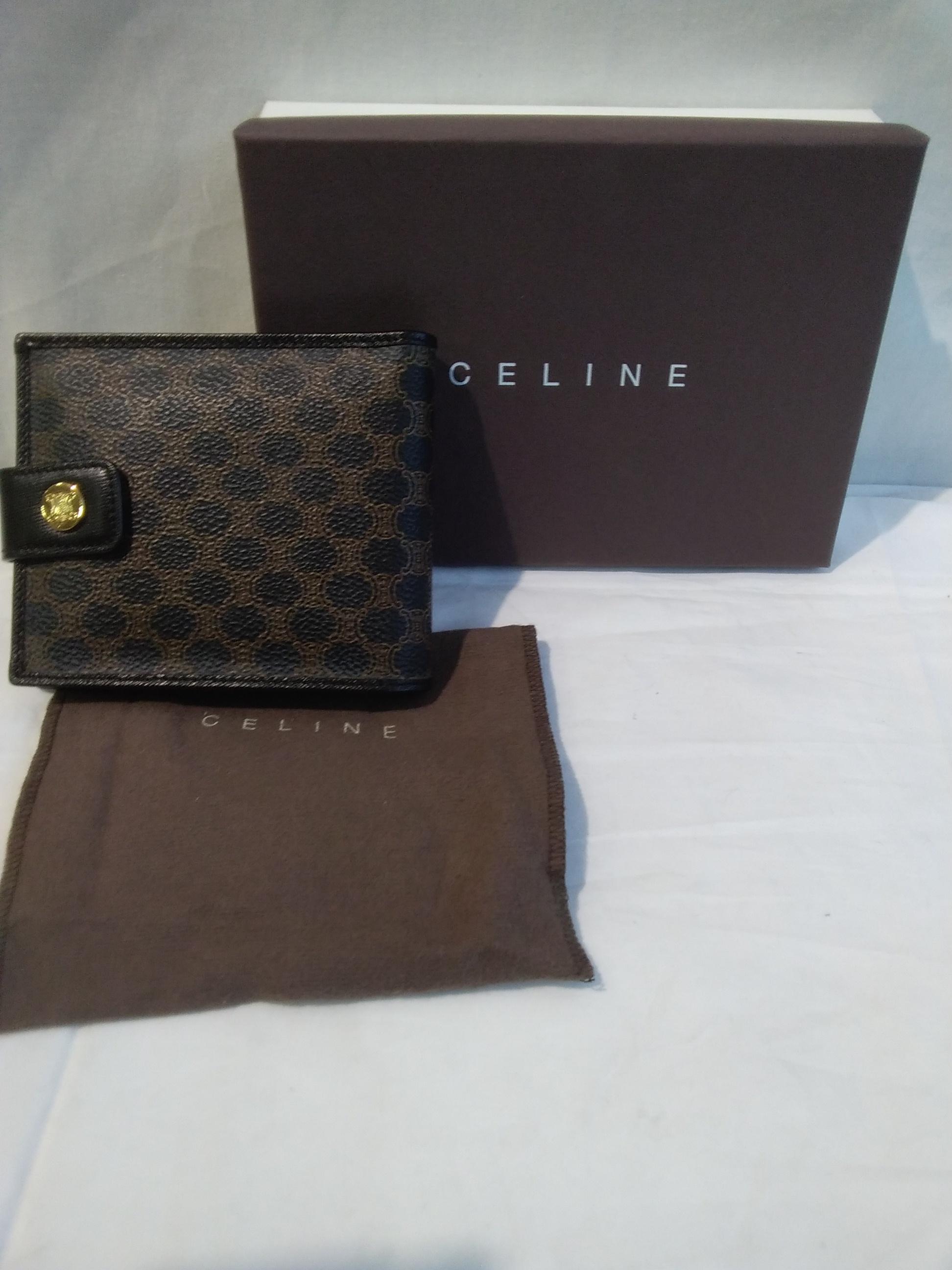 2つ折り財布|CELINE