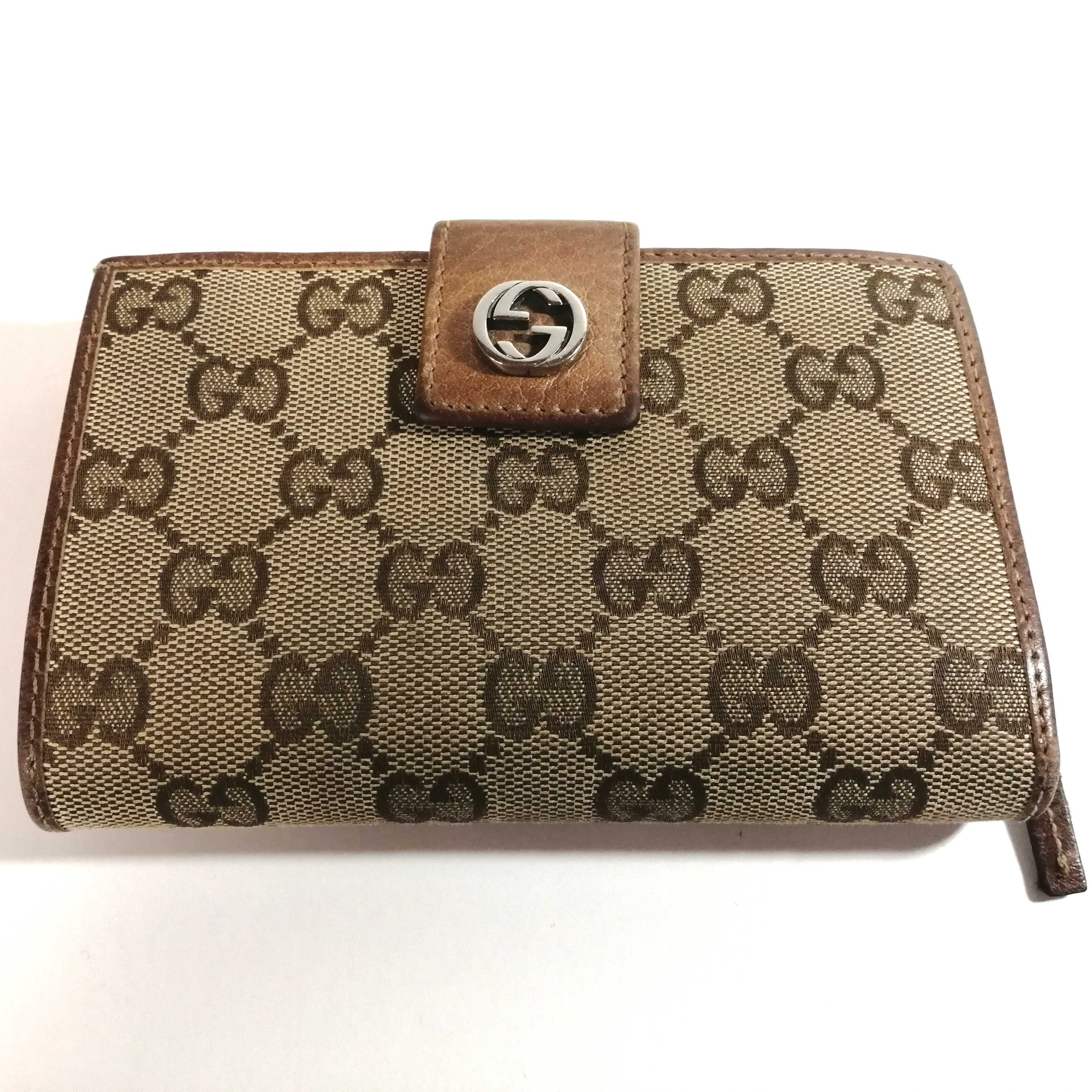 GG柄二つ折り財布|GUCCI