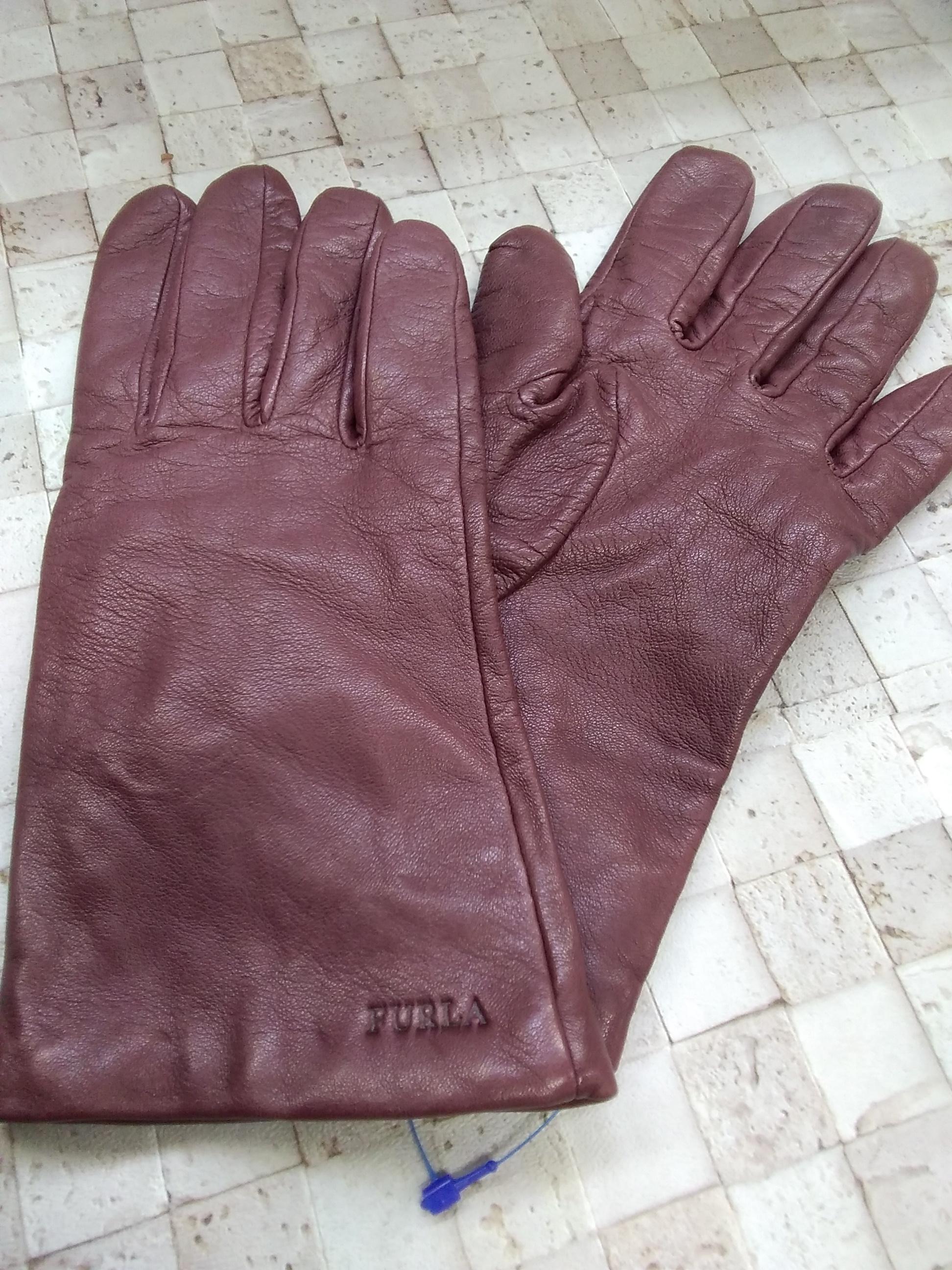 手袋|FURLA