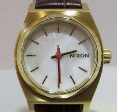 SMALL TIME TELLER LE|NIXON