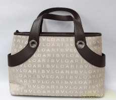 ロゴマニアハンドバッグ|BVLGARI