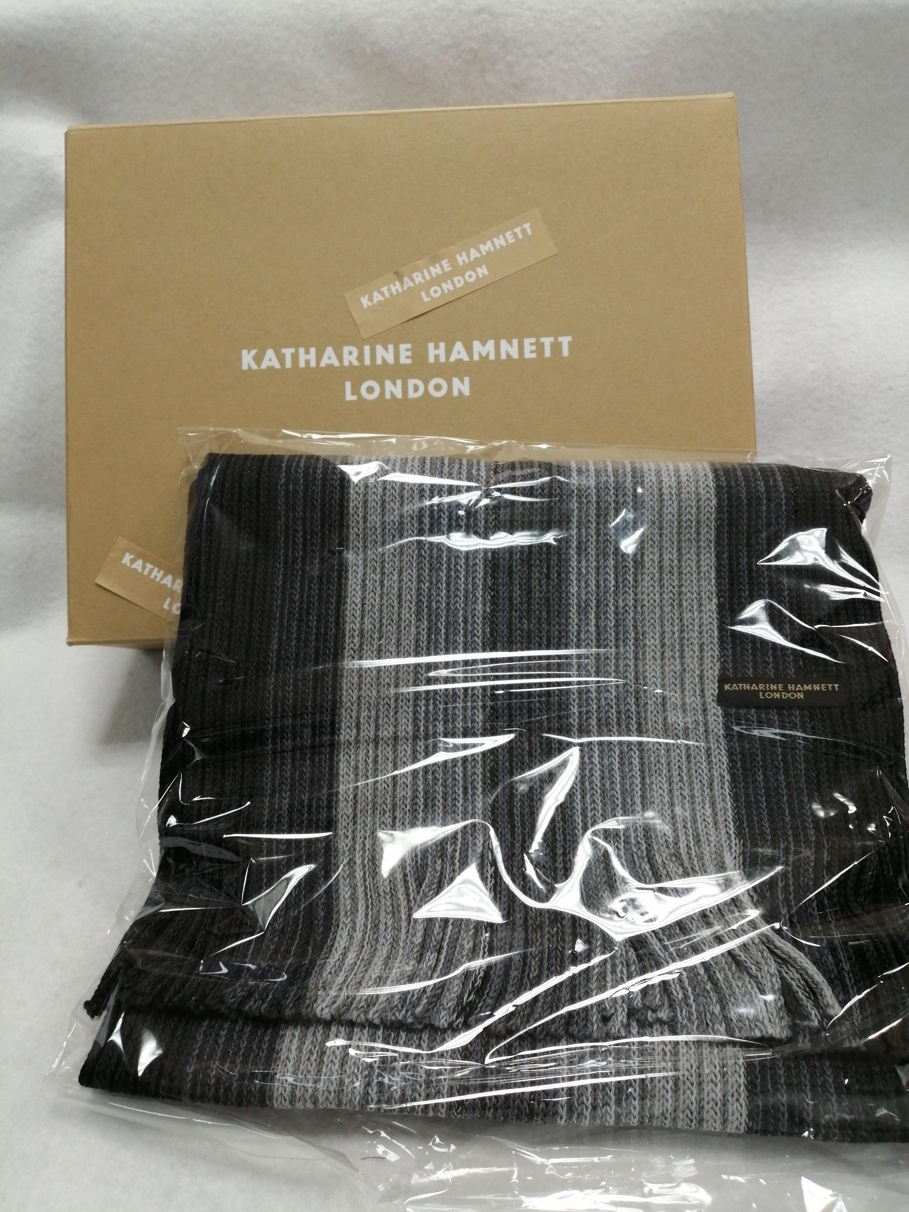 マフラー|KATHARINE HAMNETT