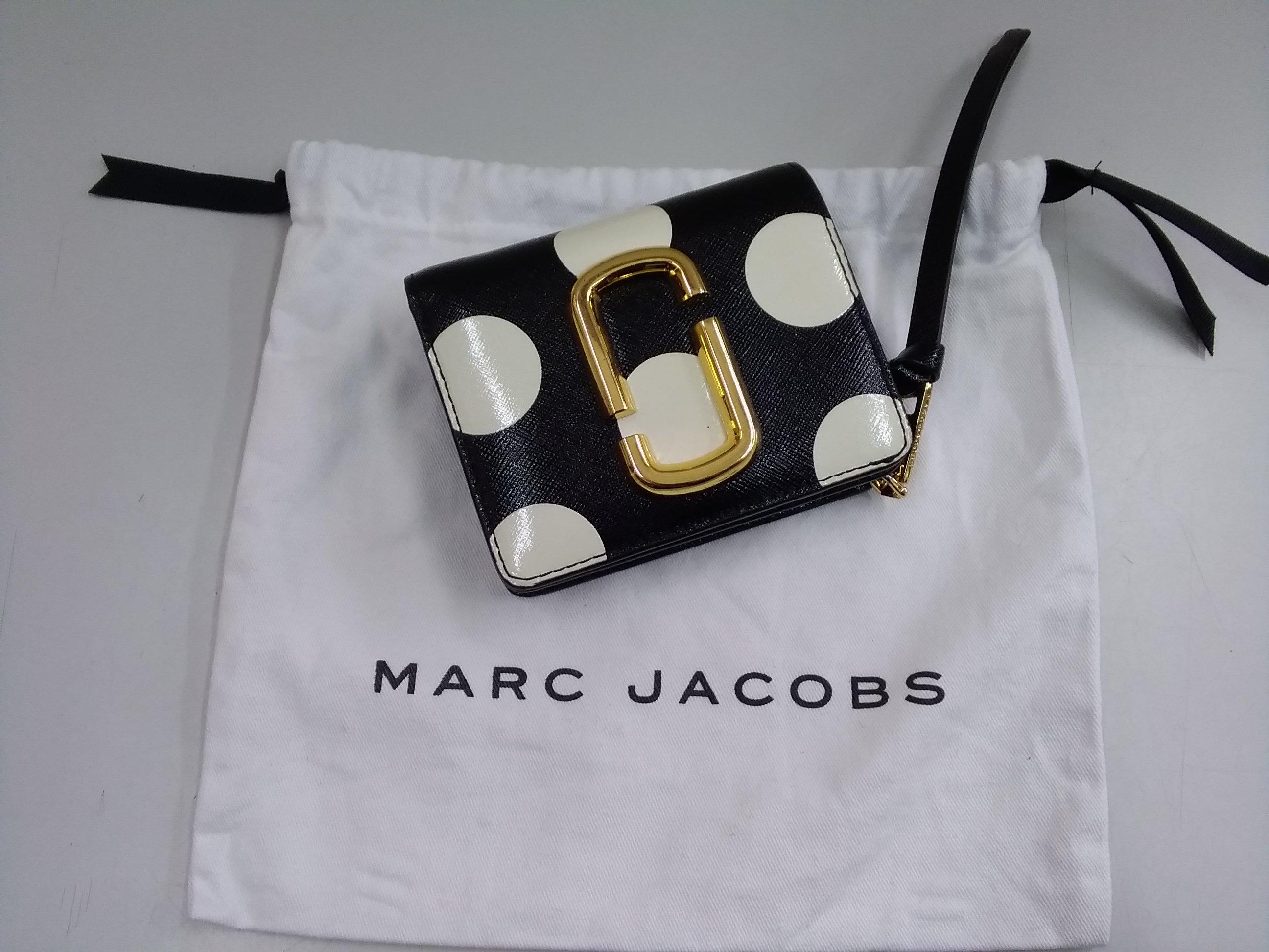 MARC JACOBS ドット柄 折り財布|MARC JACOBS