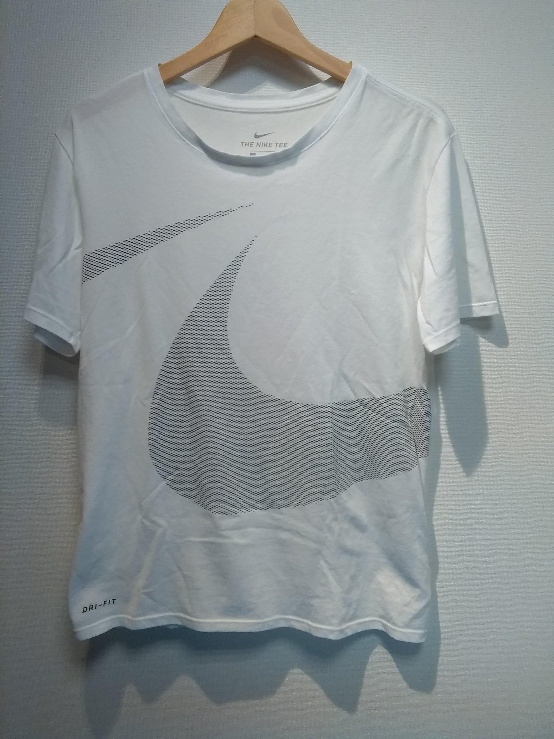 Tシャツ|NIKE