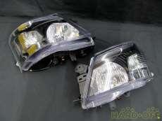 ヘッドライト キャラバンNV350向け インナーブラック|NISSAN