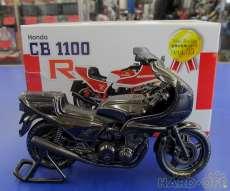 バイクの置物 CB1100R 不明