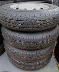 軽トラック向けの美品なタイヤセット!|BRIDGESTONE
