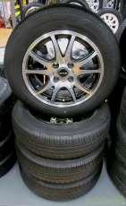 14インチのタイヤセット DUNLOP GYLE