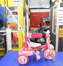 乗用玩具・三輪車 エムアンドエム