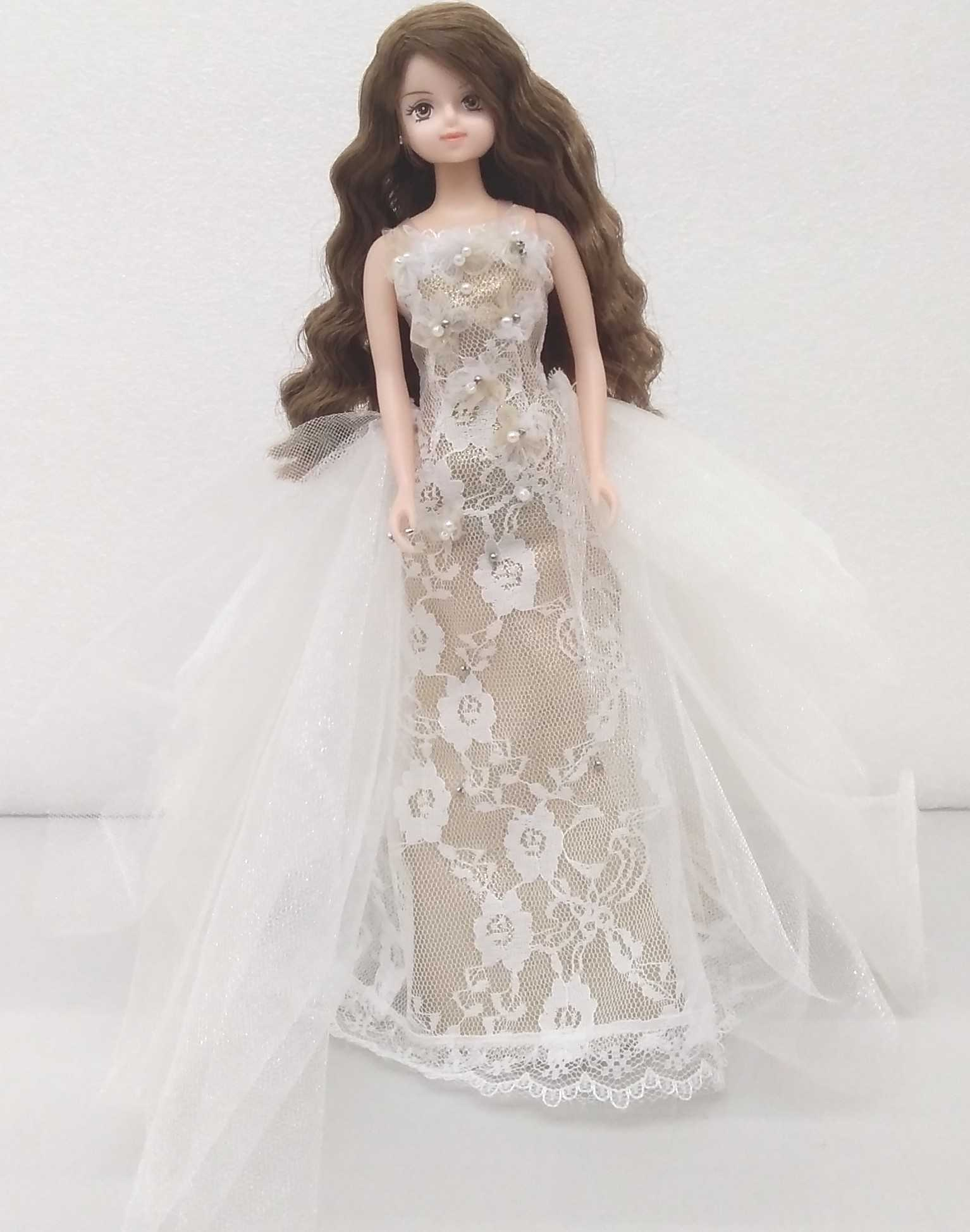 安室奈美恵ドール 白ドレス|タカラトミー
