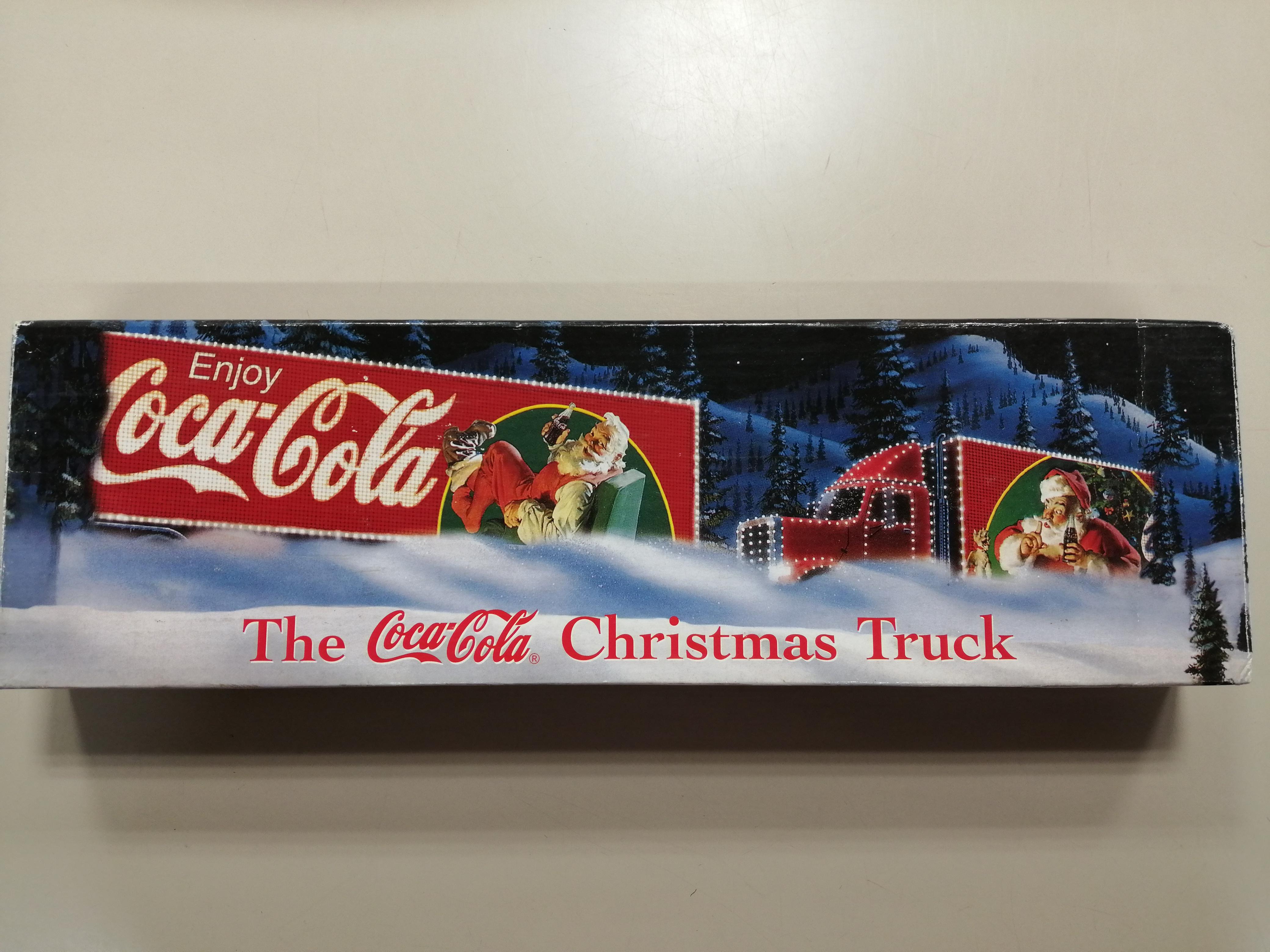 the cocacola christmas truck|コカ・コーラ