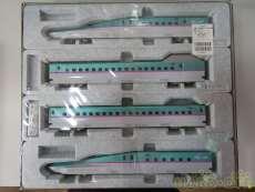 4両基本セットE5系新幹線はやぶさ|KATO