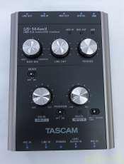 オーディオインターフェィス TASCAM