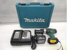 充電式ドライバードリル バッテリー2個 充電器 ケース付き MAKITA