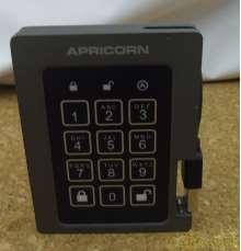 パスワード付き SSD|APRICORN