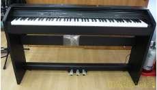 電子ピアノ Privia|CASIO