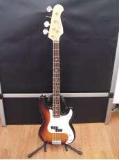 ベースギター・プレシジョンベースタイプ|FUJIGEN