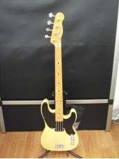 ベースギター・プレシジョンベースタイプ|FENDER JAPAN