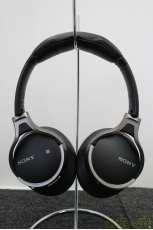 Bluetoothヘッドホン|SONY