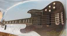 ベースギター・5弦/6弦ベース|BACCHUS