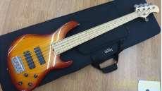 ベースギター・5弦/6弦ベース|SADOWSKY