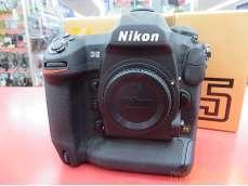 Nikon D5-XQD ボディ 64-206114