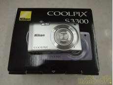 コンパクトデジタルカメラ 1602万画素|NIKON