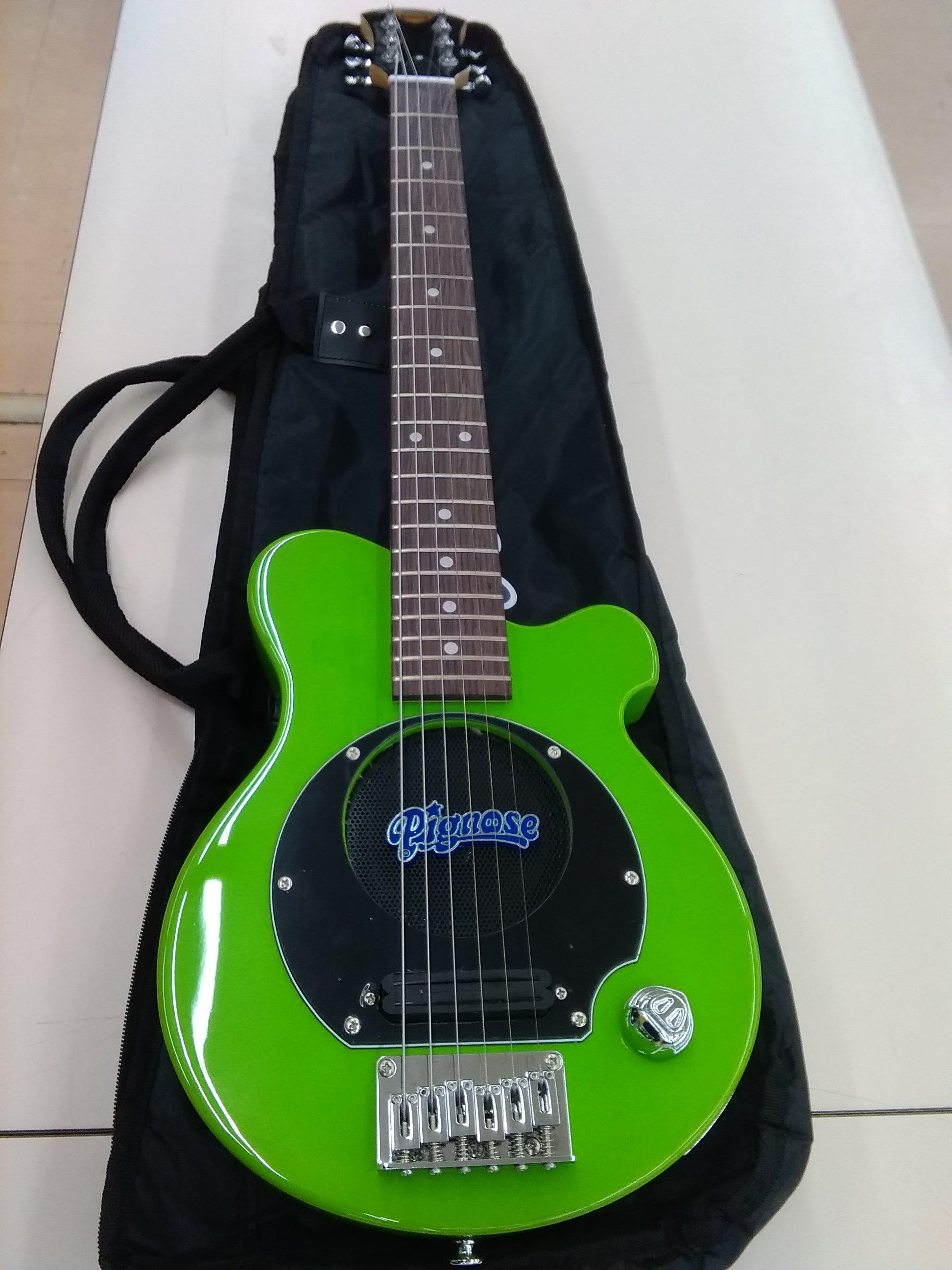 アンプ内蔵エレキギター PIGNOSE