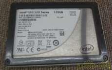 内蔵SSD INTEL