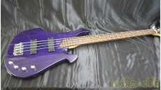ベースギター・変形ボディ|KILLER