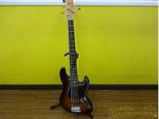 ベースギター・5弦ベース