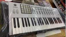MIDIキーボード|KORG