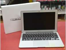 MacBook Air (11-inch, Early 2|APPLE