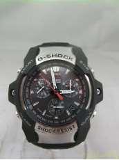 ソーラーアナログ腕時計