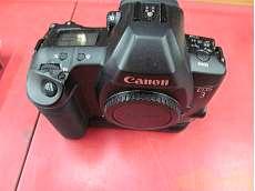 コンパクトフィルムカメラ