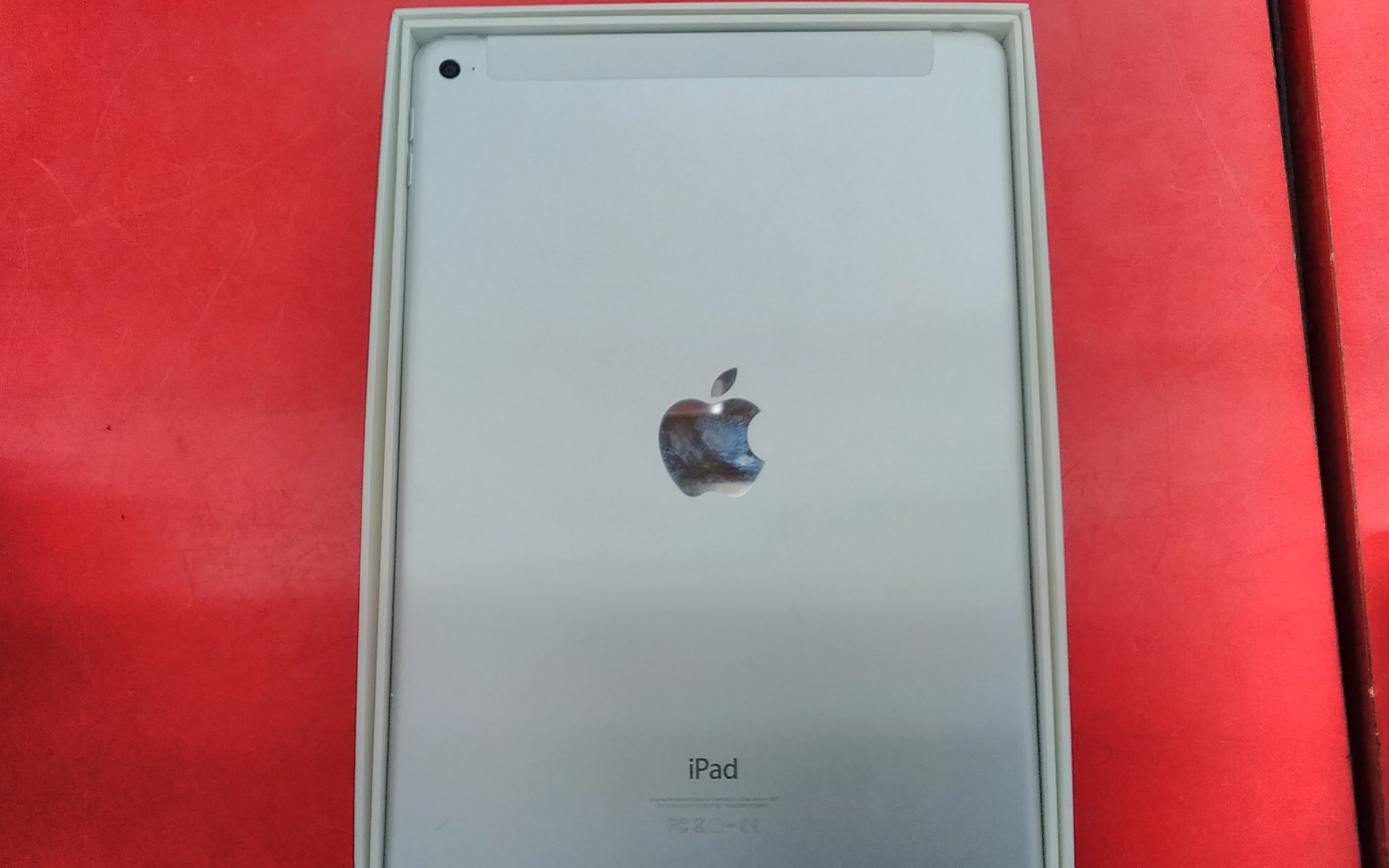 iPad Air2 32GB/Cellular/OS14.3|APPLE/DOCOMO
