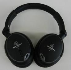 ノイズキャンセリングヘッドホン AUDIO-TECHNICA