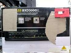 BEHRINGERベースアンプ BXD3000H|BEHRINGER