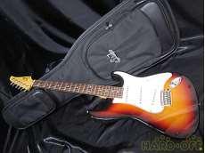 Suhr Guitars Classic Pro 人気の高級ギターです!!