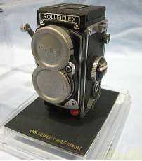 コンパクト二眼カメラ|SHARAN