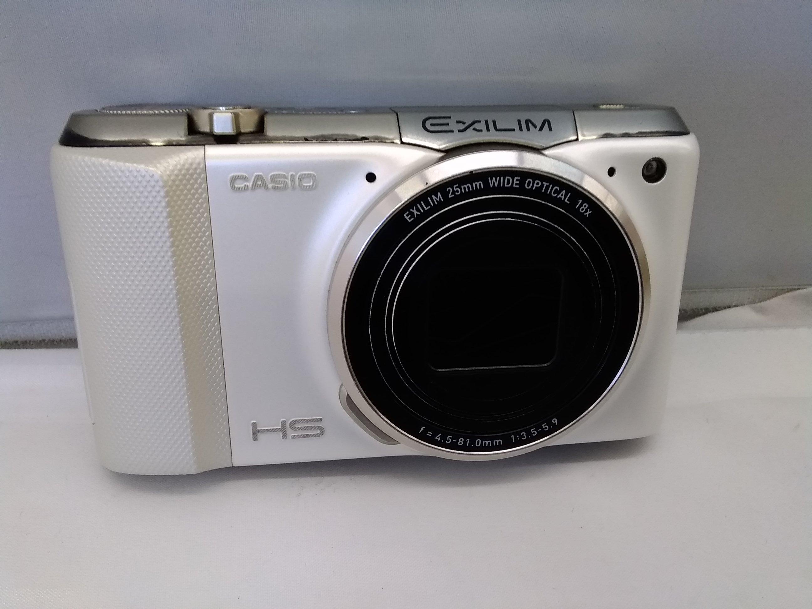 1400万画素デジタルカメラ|CASIO