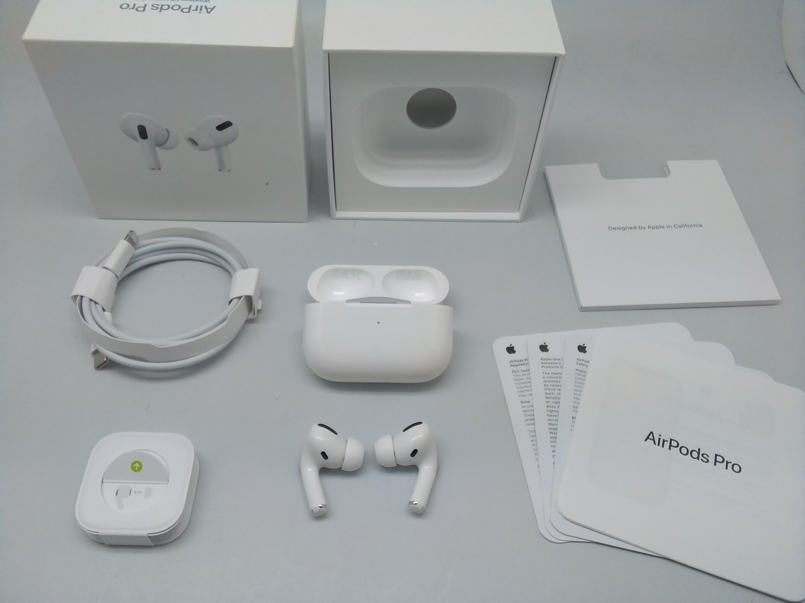 AIR PODS PRO|APPLE AIR PODS PRO