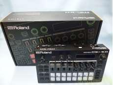 Roland GROOVEBOX MC-101|ROLAND
