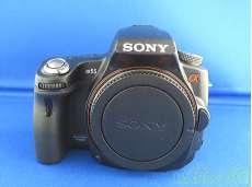 デジタル一眼レフカメラボディ|SONY