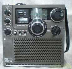 ポータブルラジオ|SONY