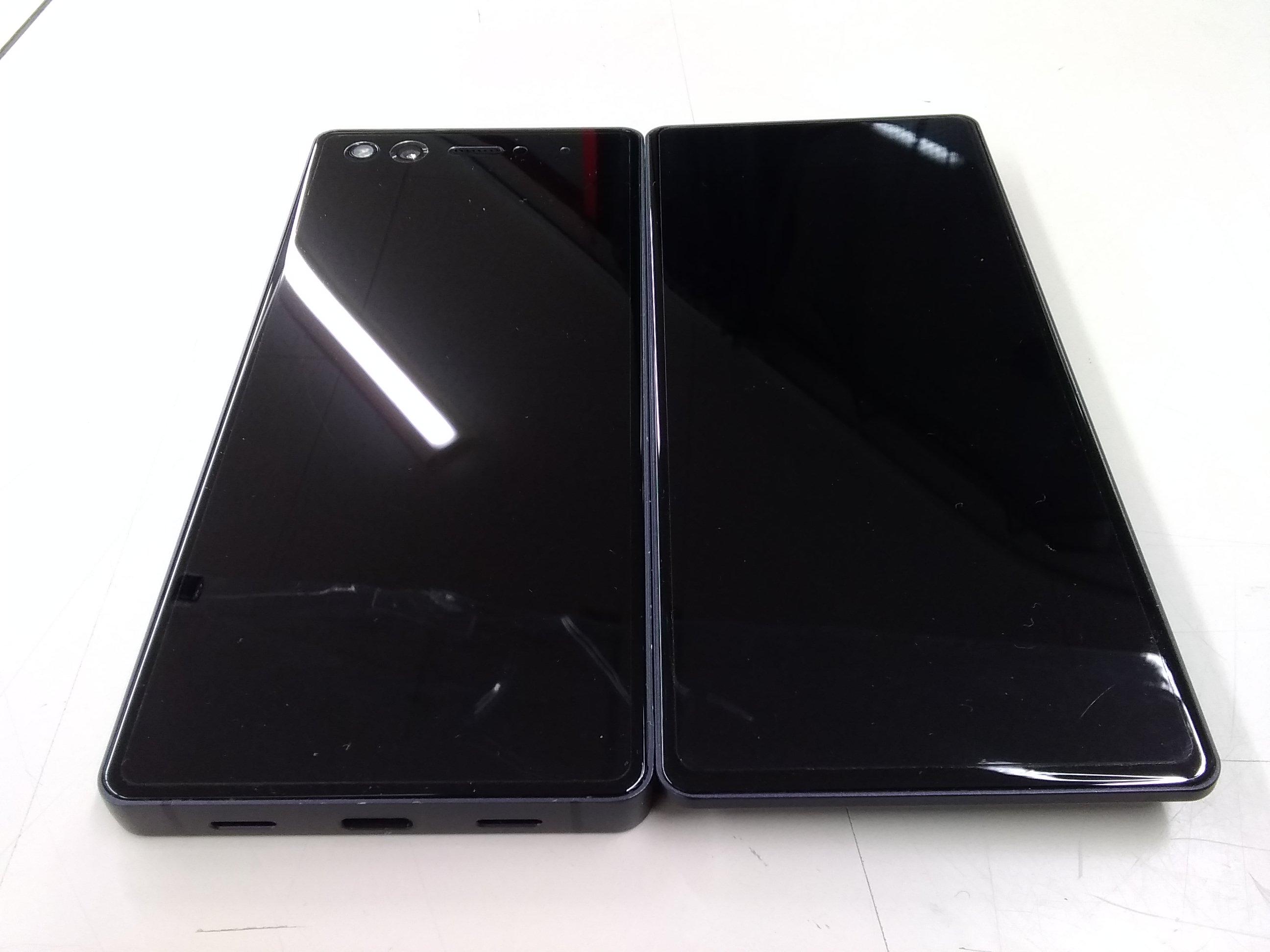 2画面スマートフォン DOCOMO