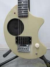 アンプ内蔵ギター FERNANDES